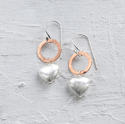 Heart on circle earring - picture 1