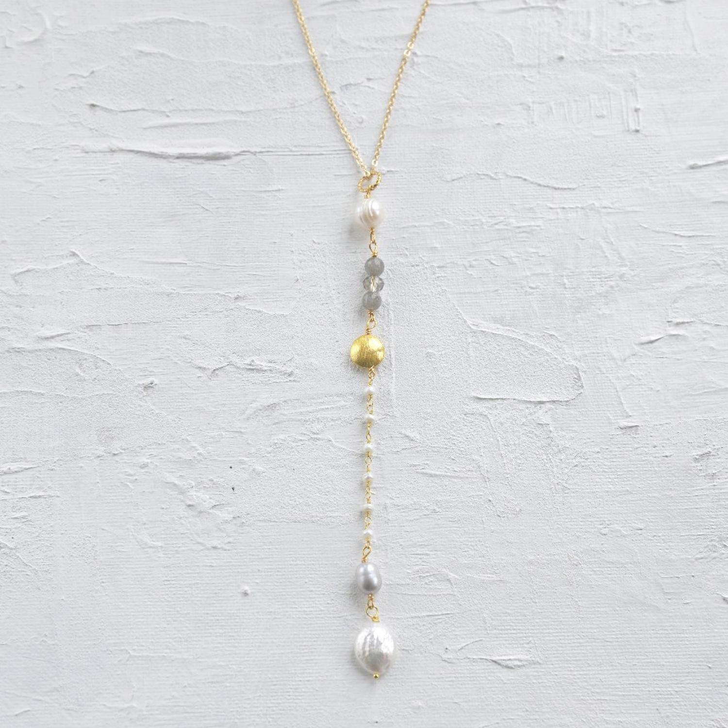 Downton necklace pearl