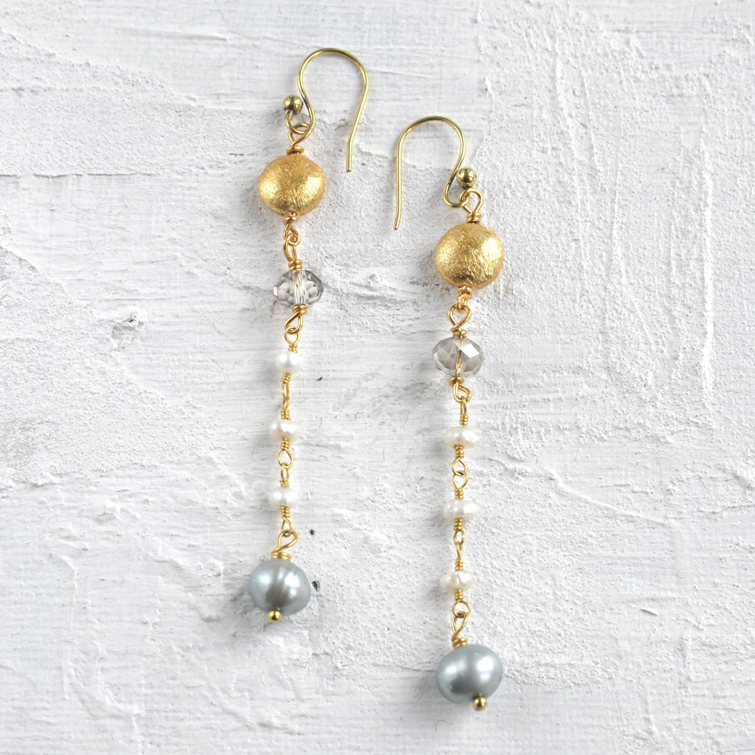 Downton pearl earrings