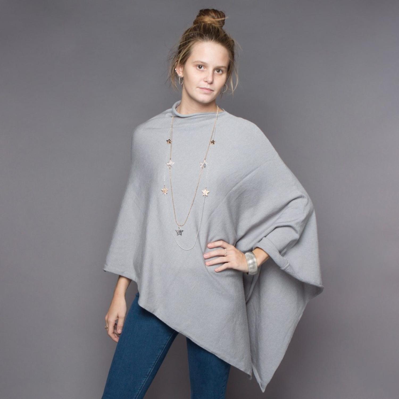 Poncho grey