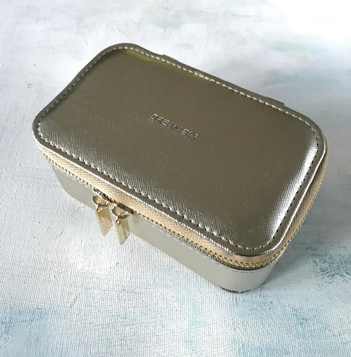Jewellery case Gold