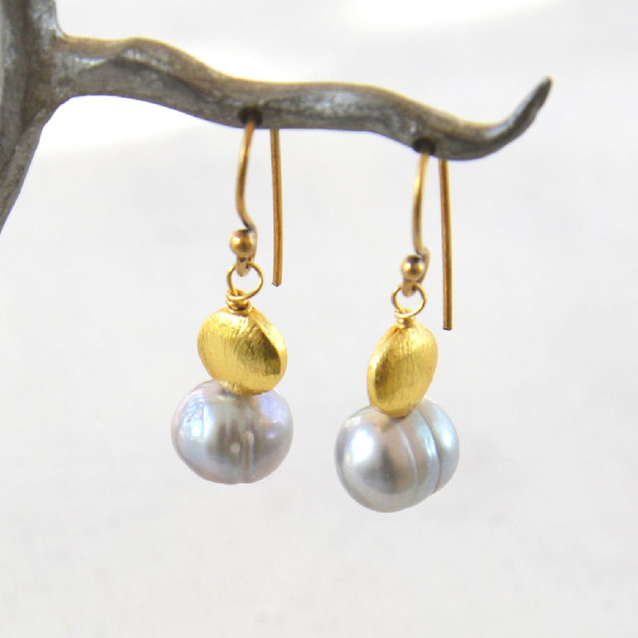 Galaxy pearl earrings