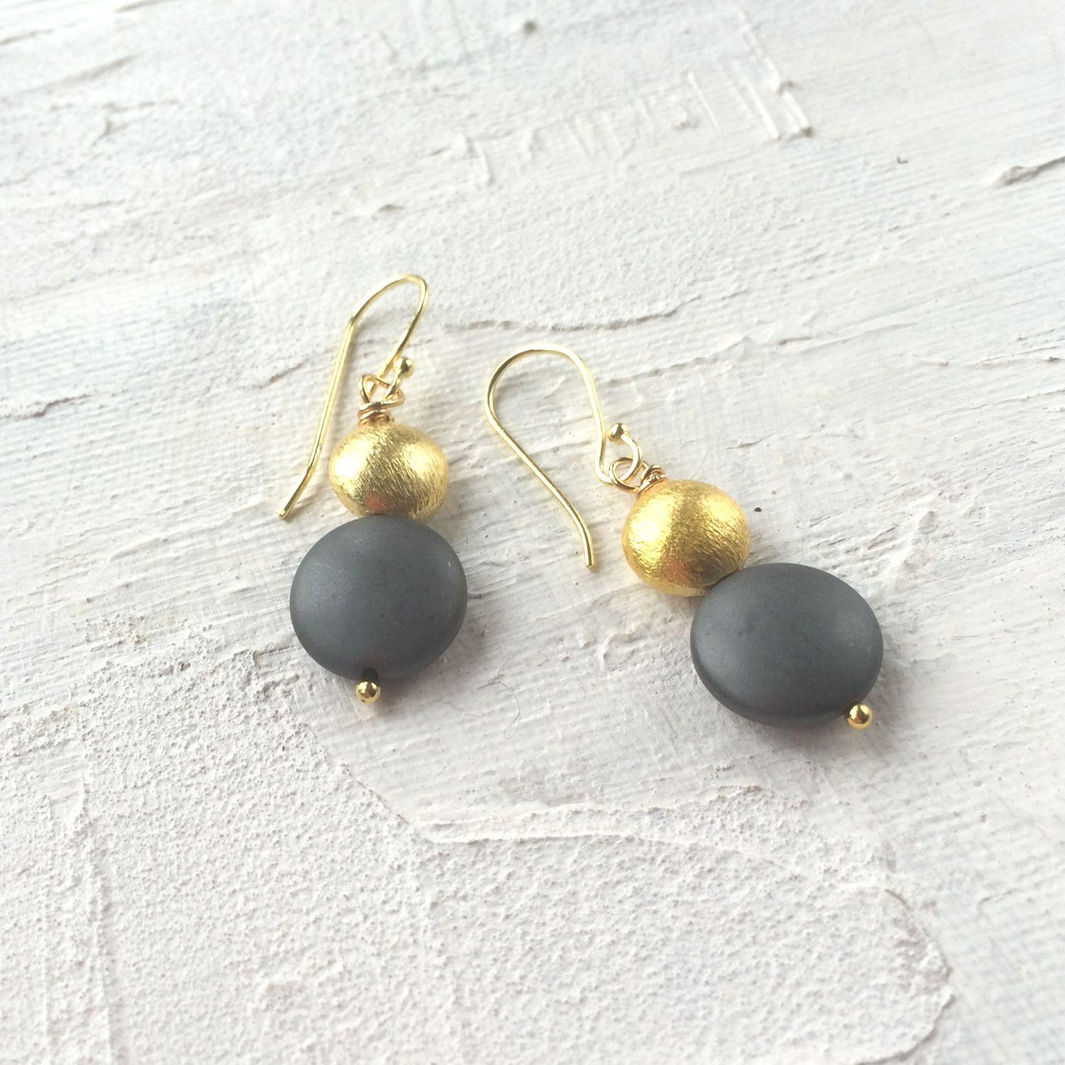 Sally earrings charcoal