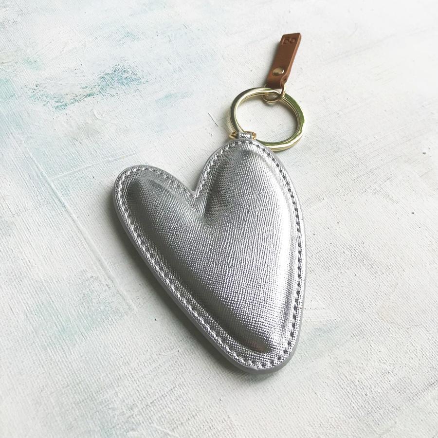 Large silver heart keyring