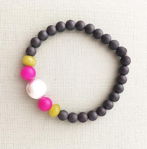 Annie bracelet charcoal pink
