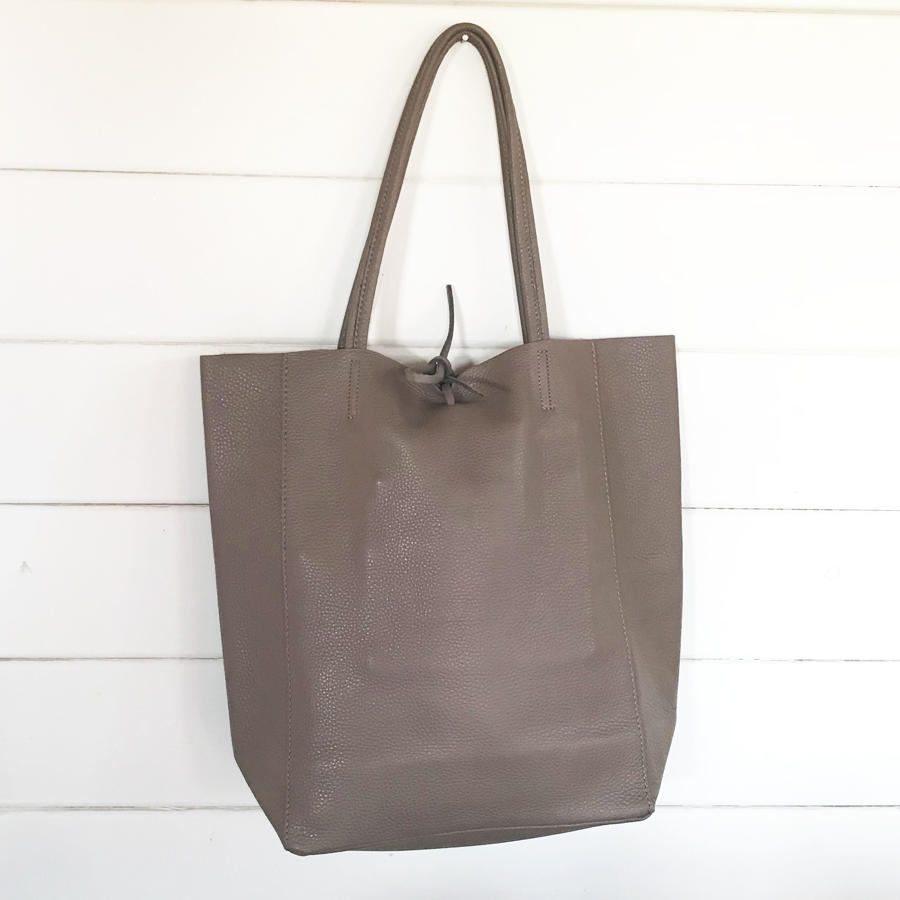 Leather tote mink