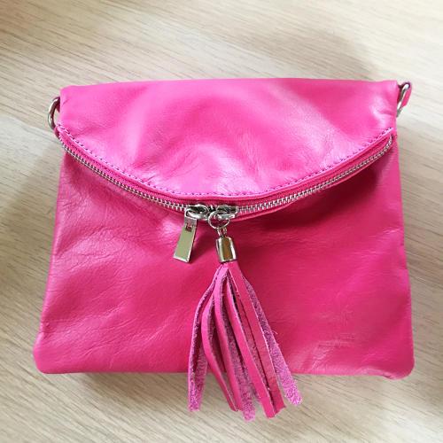Tassel crossbody bag pink