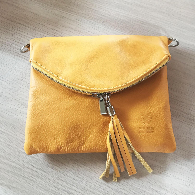 Tassel crossbody bag mustard