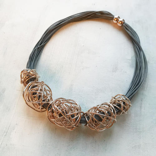 Knots necklace rose gold