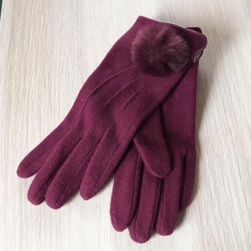 Gloves wine