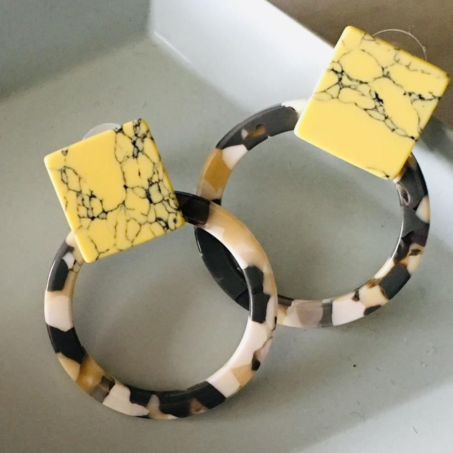 Yellow marbled resin earrings