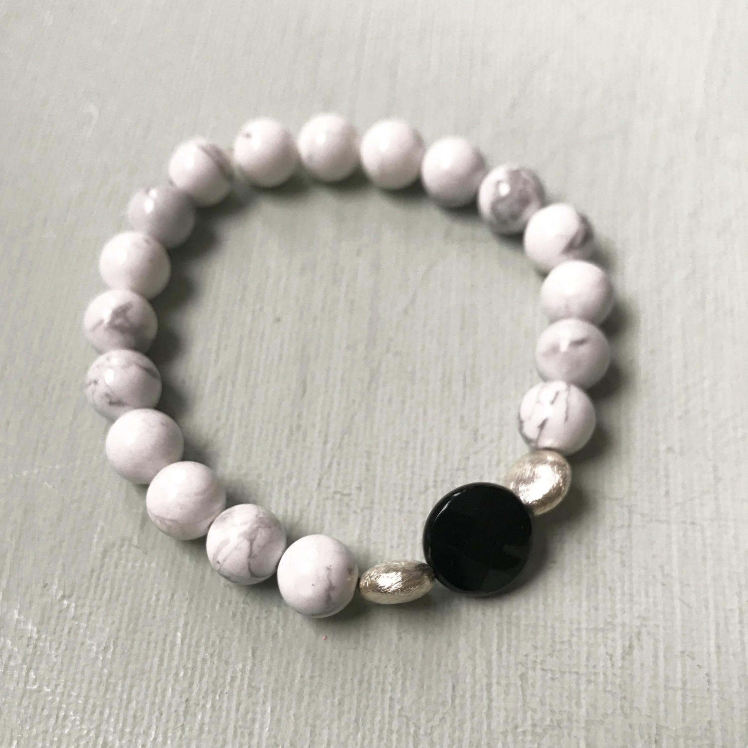Annie bracelet in black & white