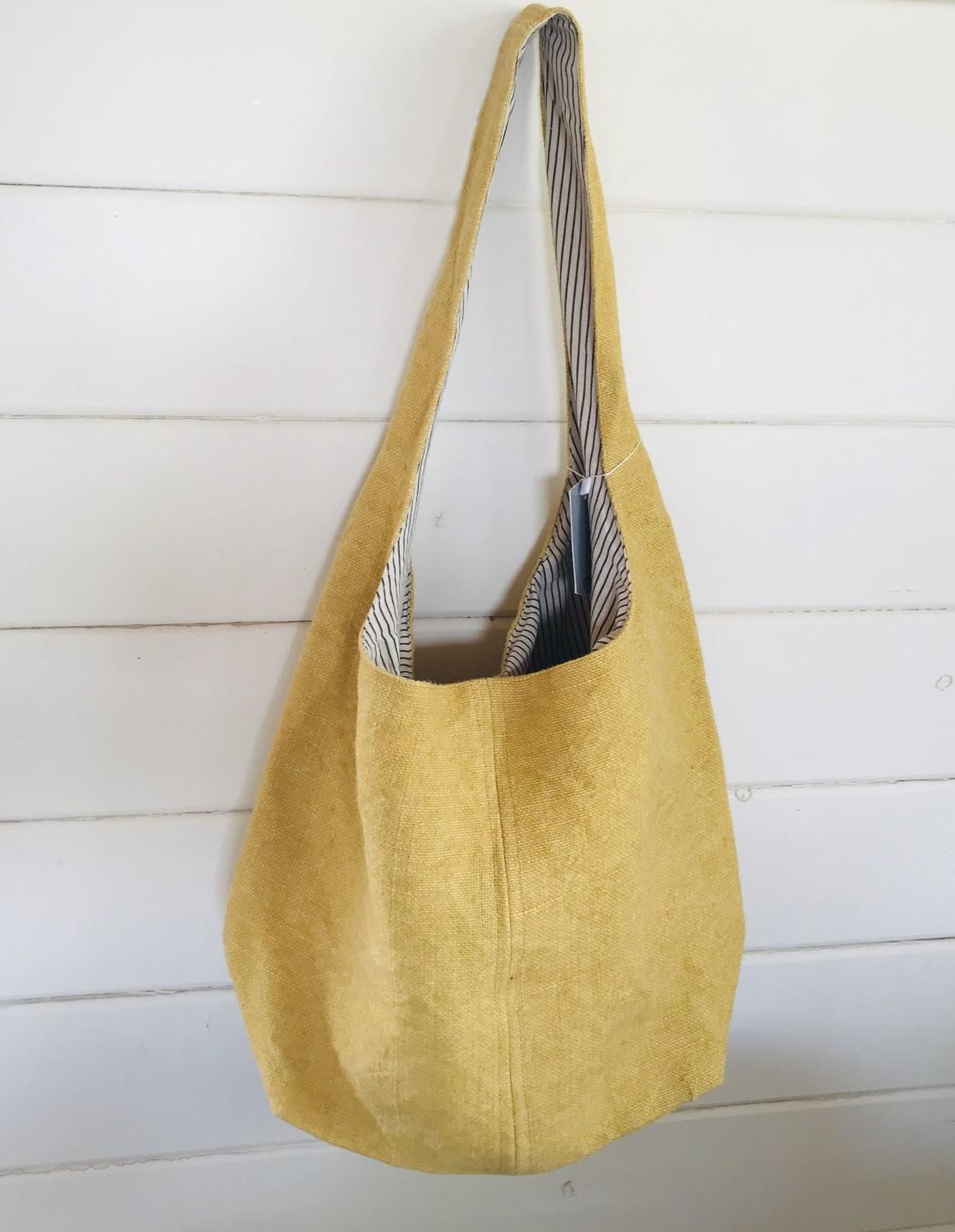 Jute tote bag yellow