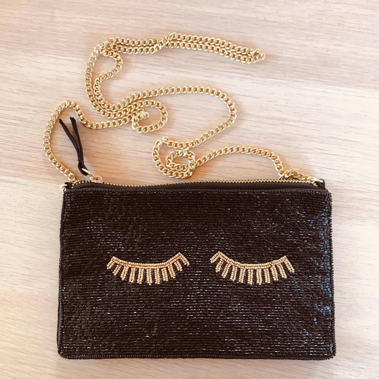 Beaded evening bag eyelash