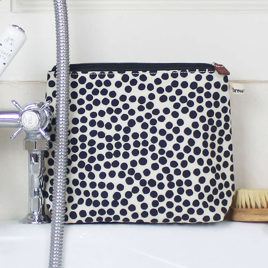 Tall wash bag spot