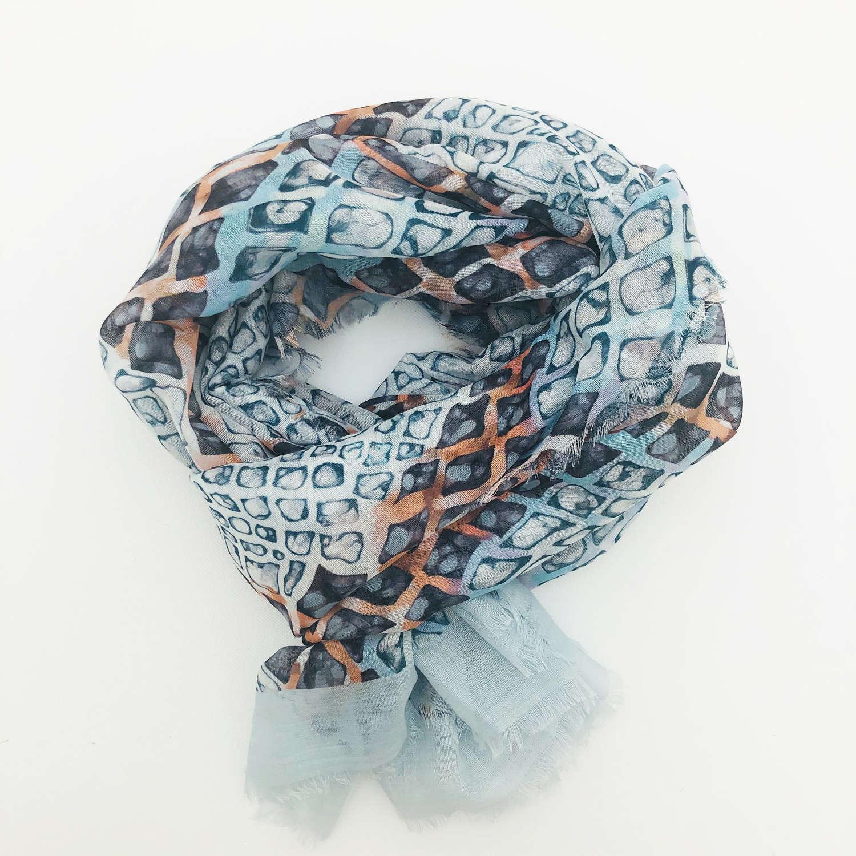 Tile scarf