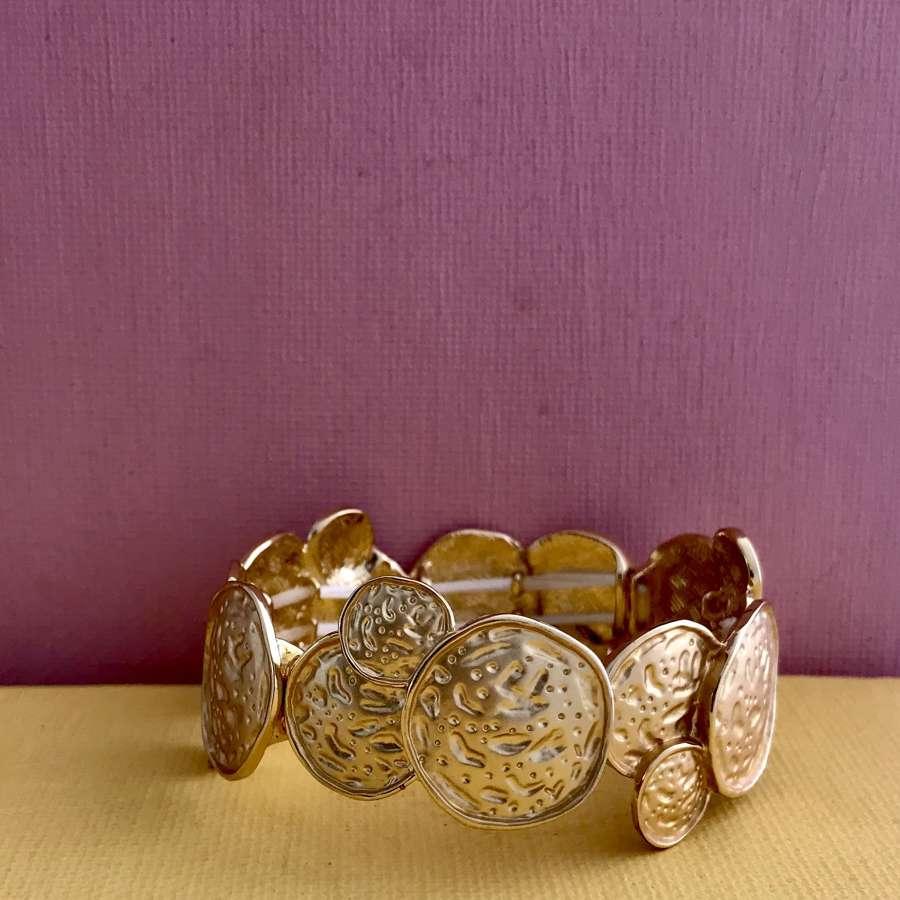 Round in circles bracelet