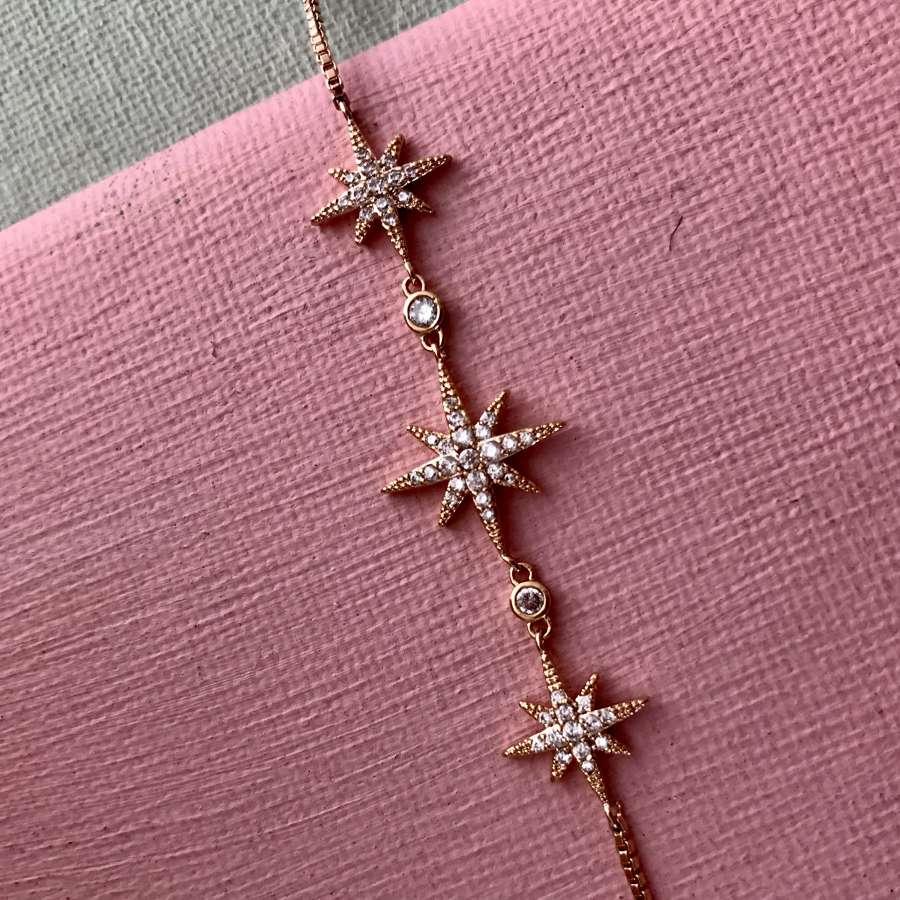 Delicate star bracelet
