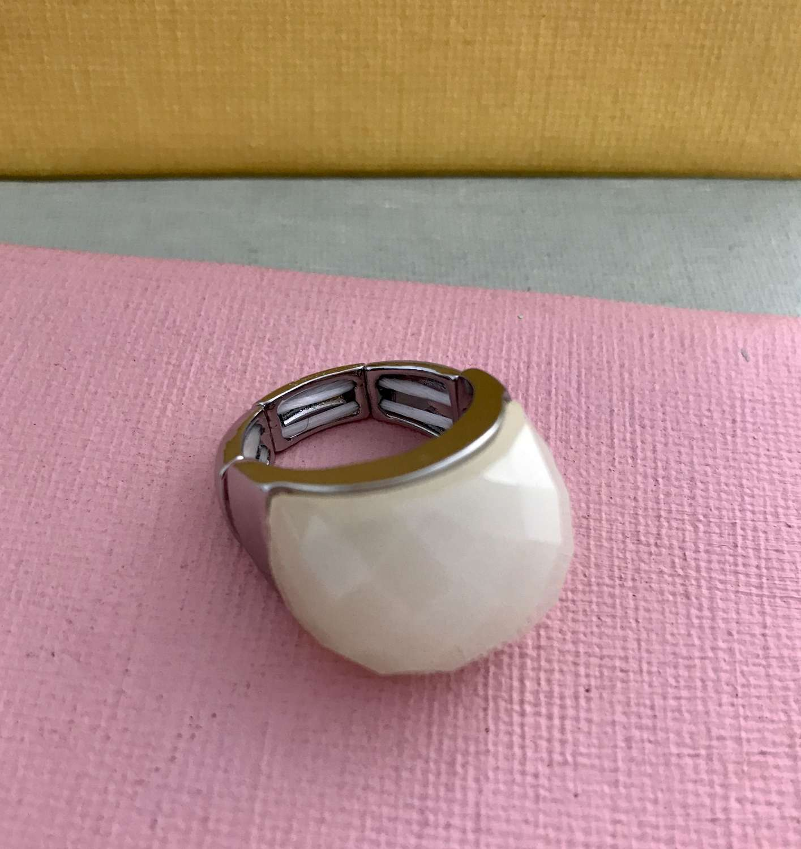 Cream ring