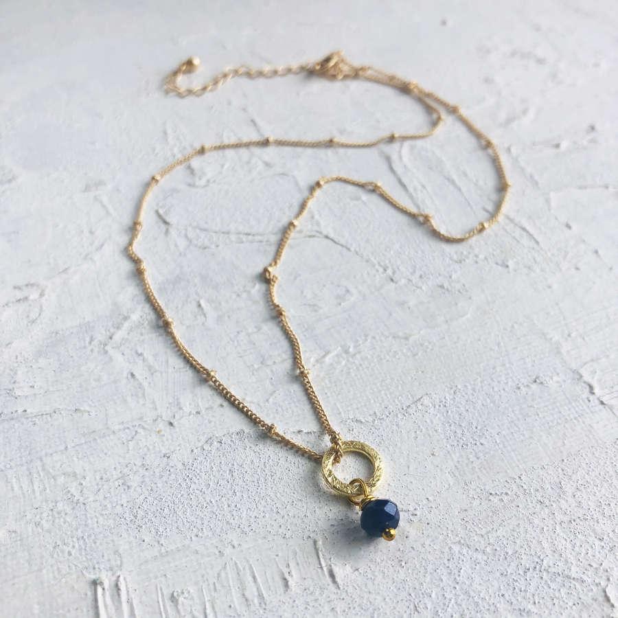 Lydia tiny necklace navy/gold