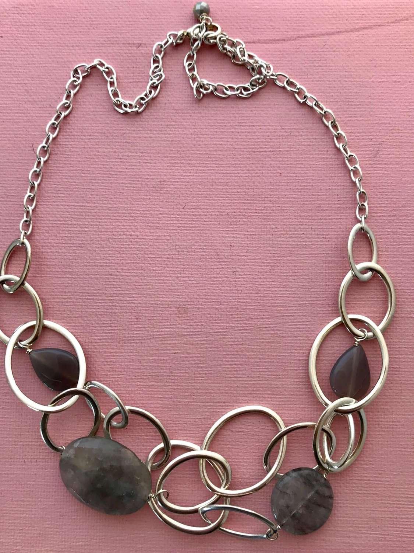 Mandy necklace-silver/grey