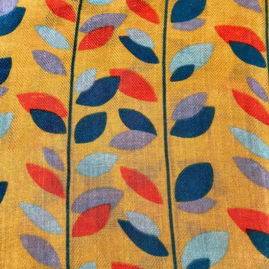 Leaves scarf - mustard