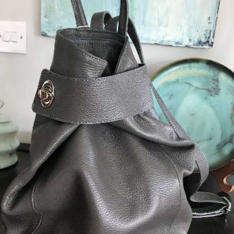 Italian leather rucksack - grey