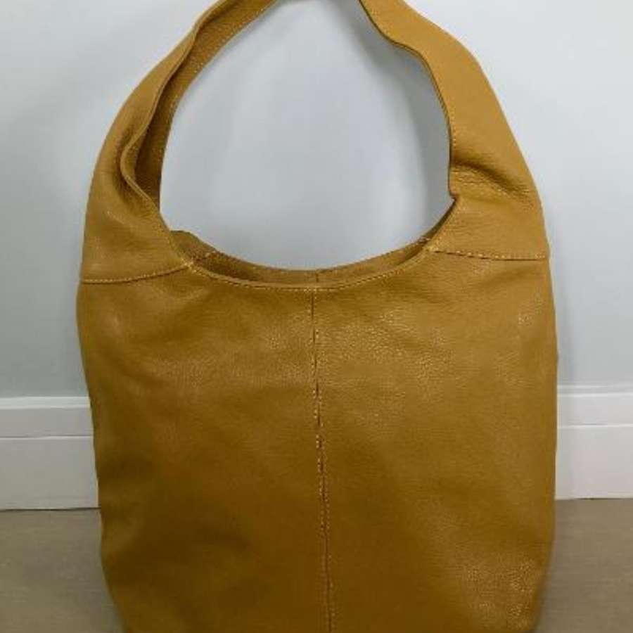 Leather shoulder bag - mustard
