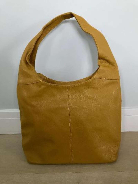 Leather shoulder bag - mustard