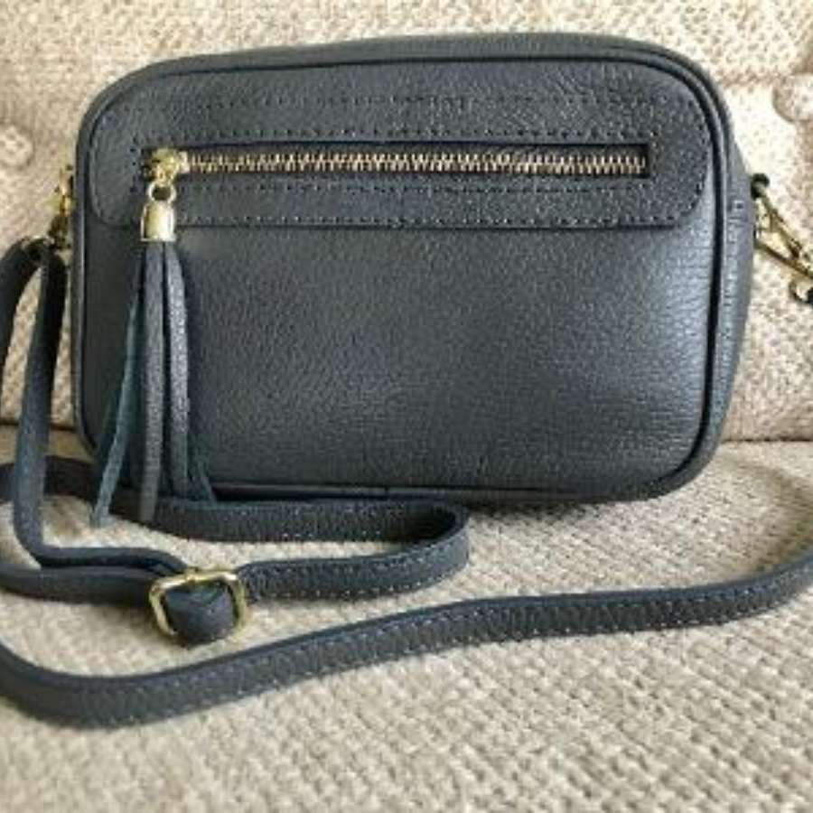 Leather crossbody bag - grey