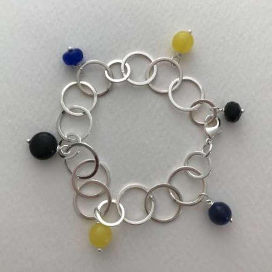 Charm bracelet - navy/yellow