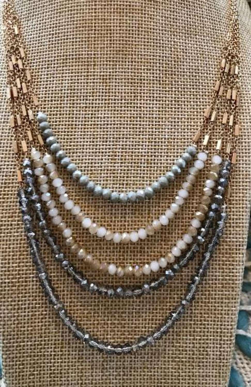 Multi strand necklace - short