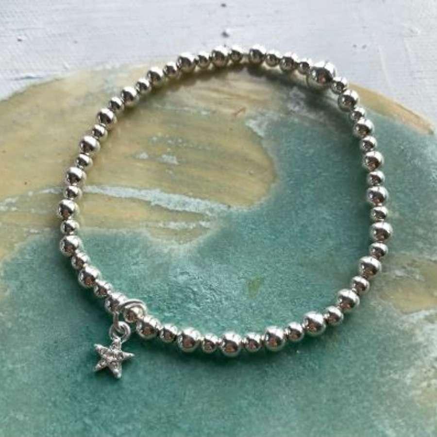 Diamonte star bracelet