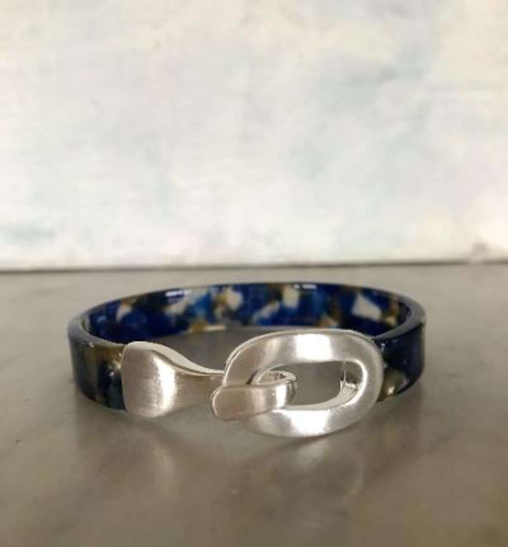 Navy mix resin bracelet