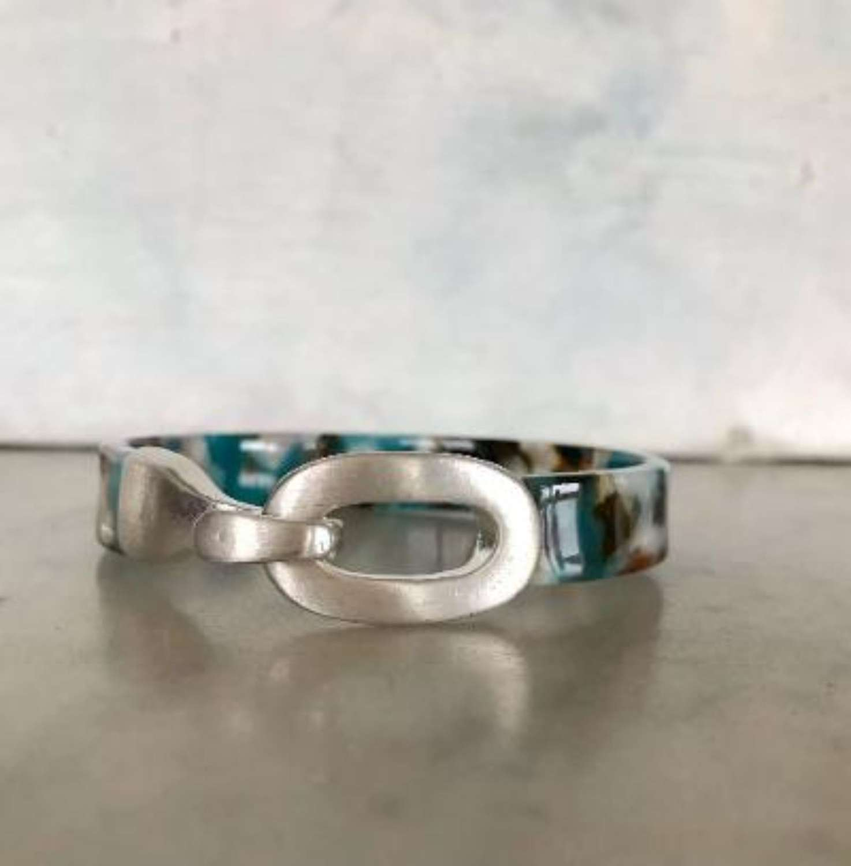 Teal mix resin bracelet
