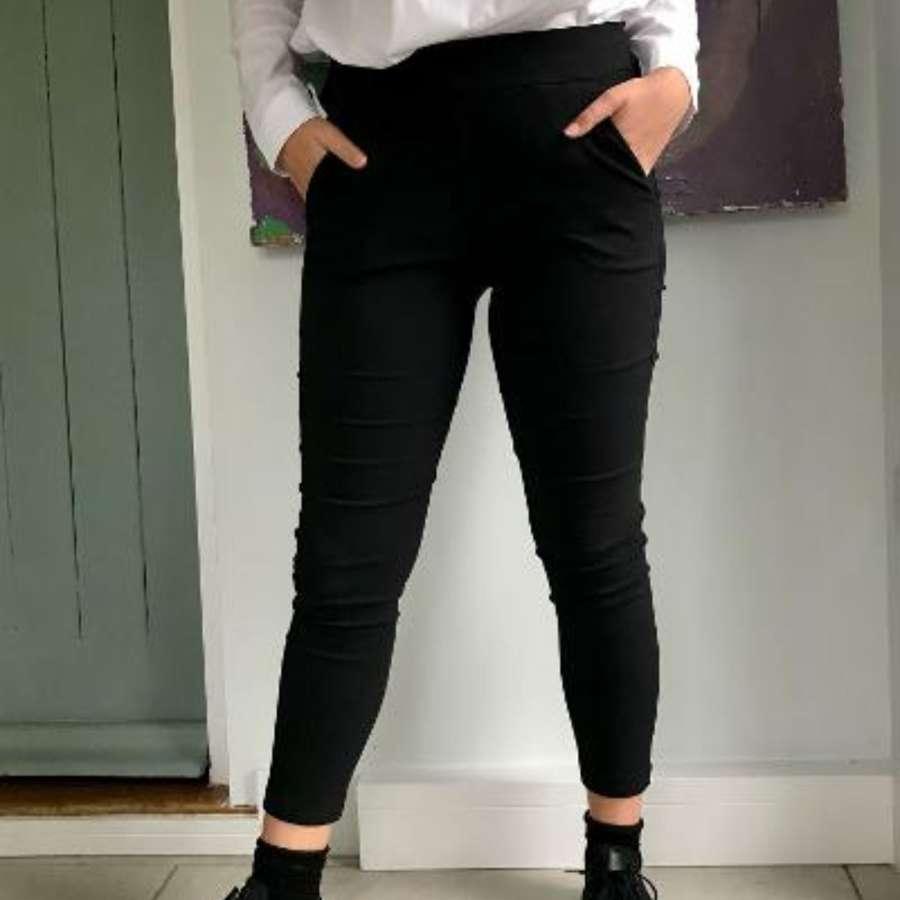 Stretch black trousers