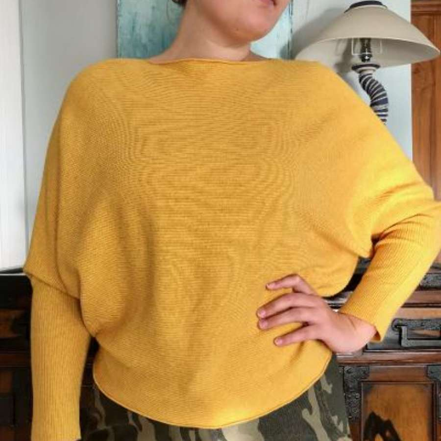 Mustard batwing jumper