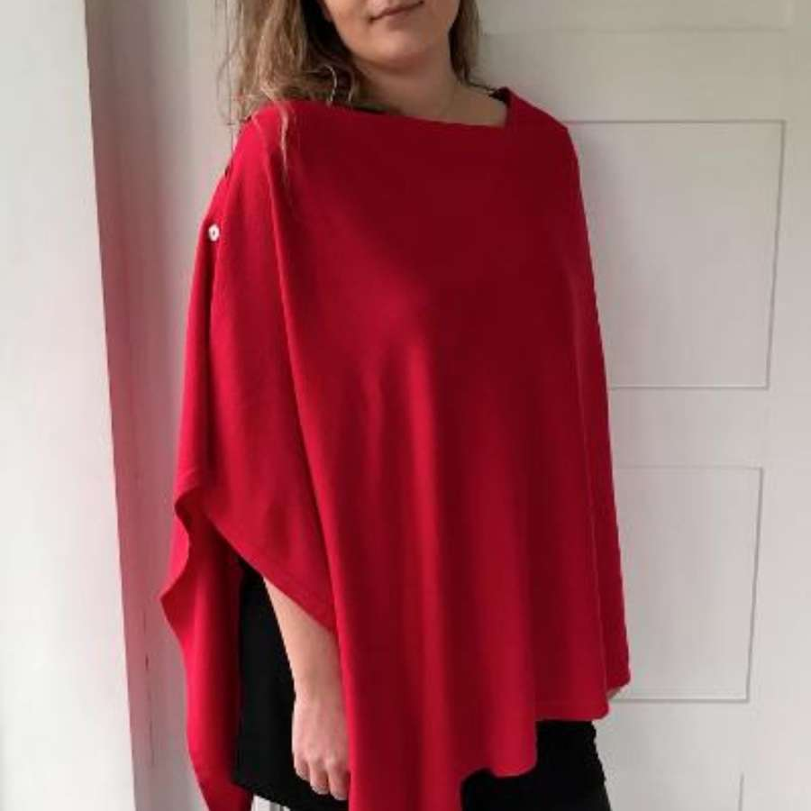 Button poncho - red