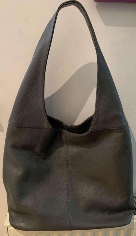 Leather shoulder bag - grey