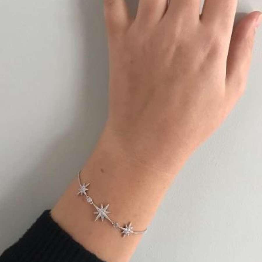 Delicate star bracelet - silver