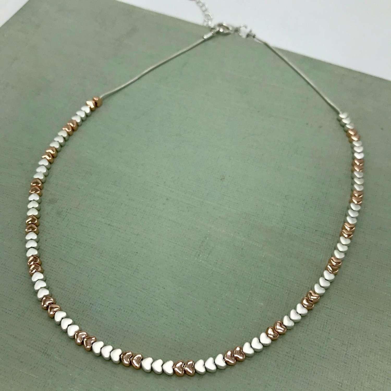 Tiny hearts necklace