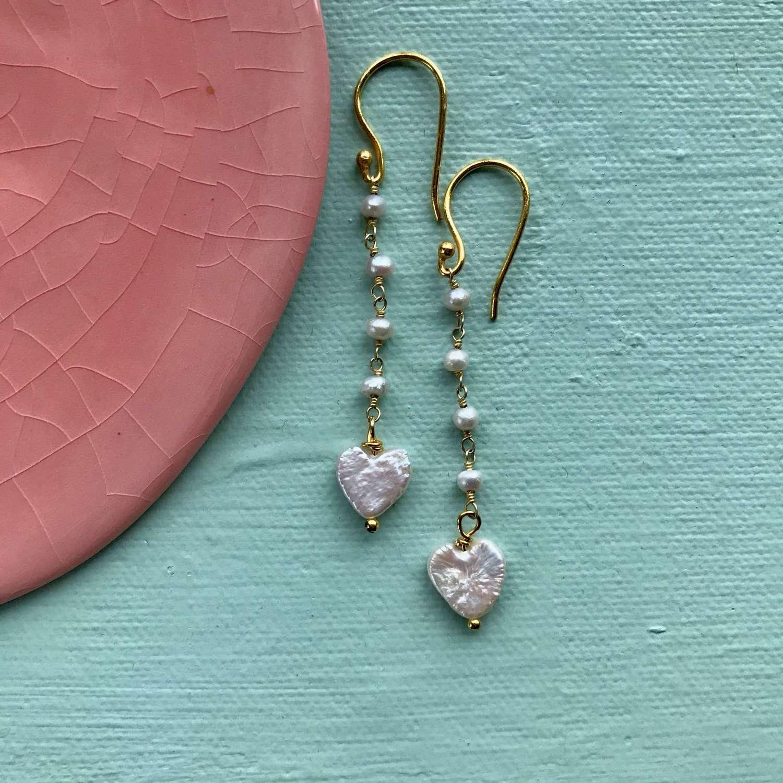 Downton pearl heart earrings