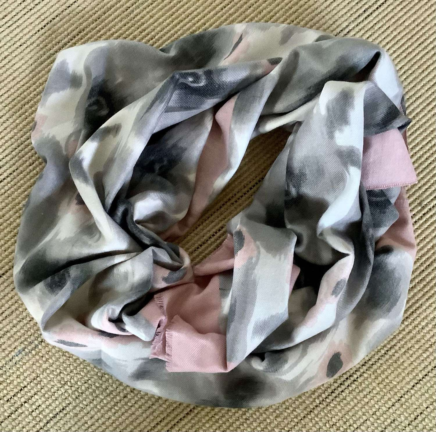 Blanket scarf - pale pink and soft grey