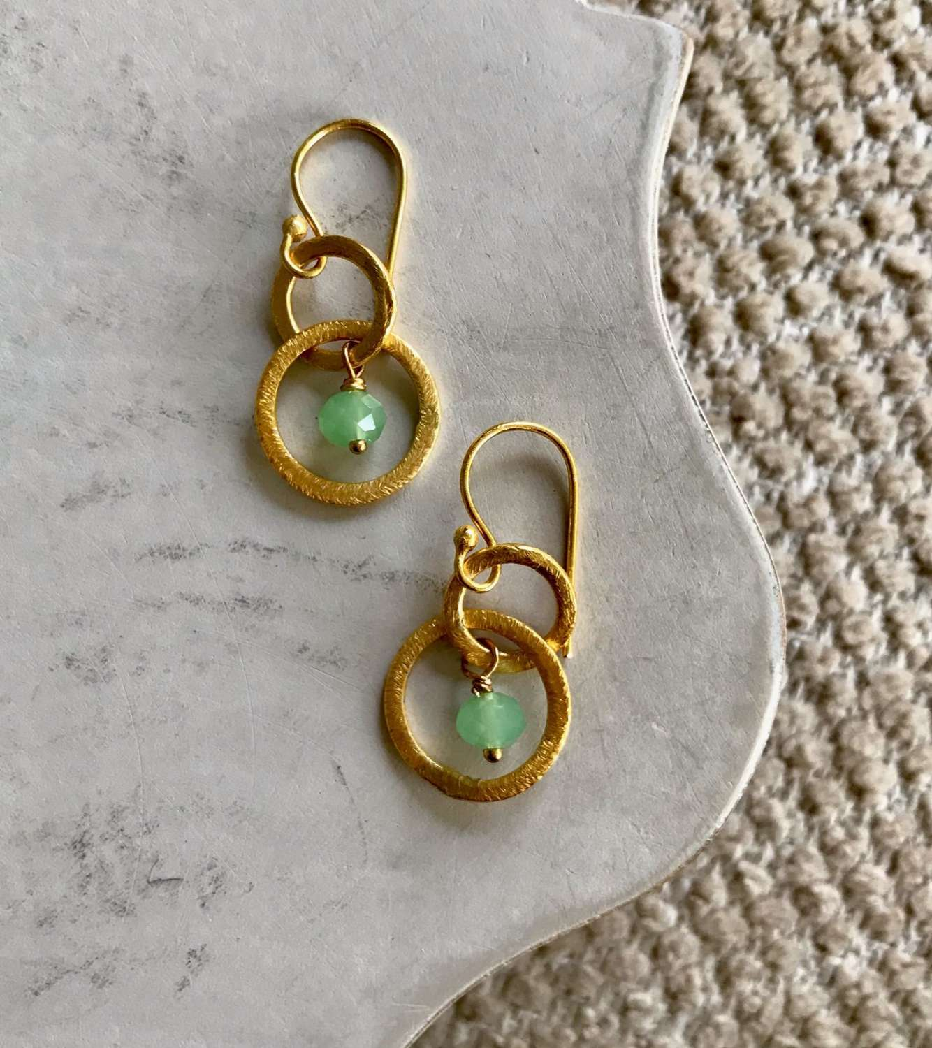 Lesley earrings - gold/green