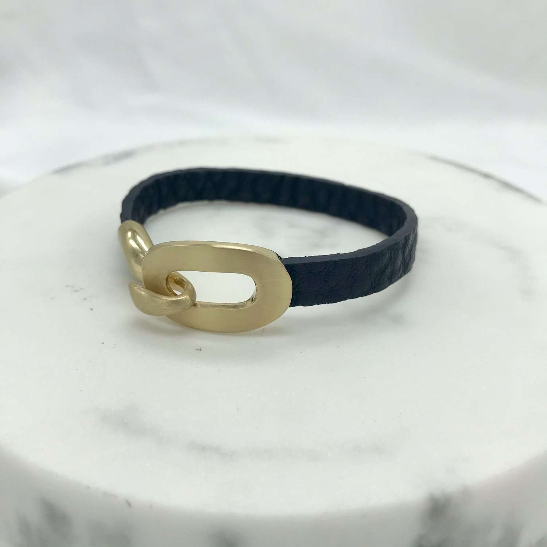 Leather buckle bracelet   - navy/gold