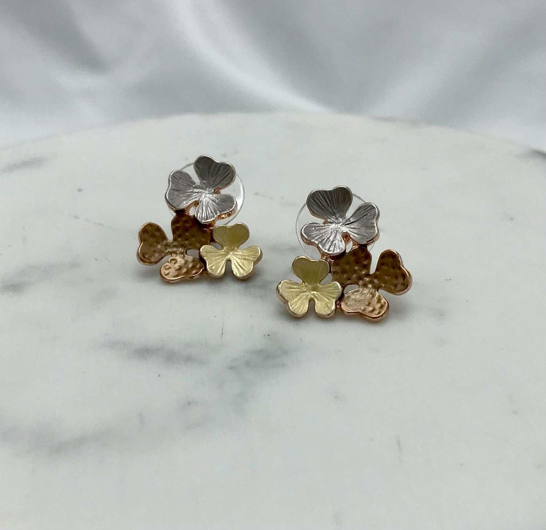 Trio flower earrings