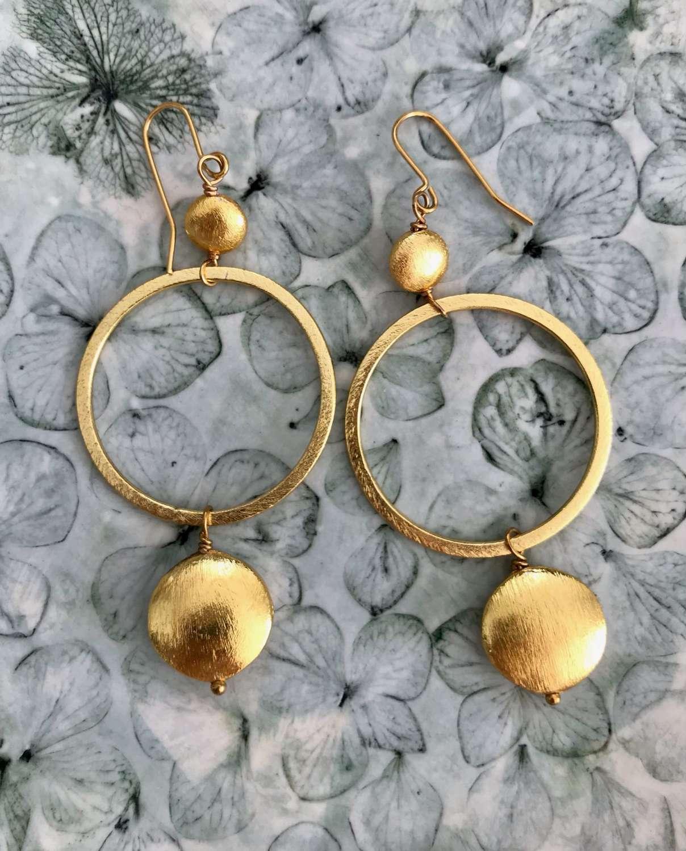 Lottie earrings - gold nugget