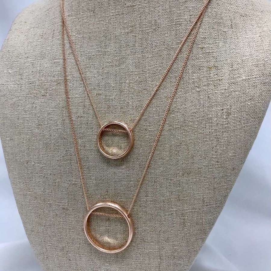 Layered circle necklace - rose gold