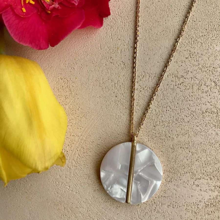 Disc pendant  - shell