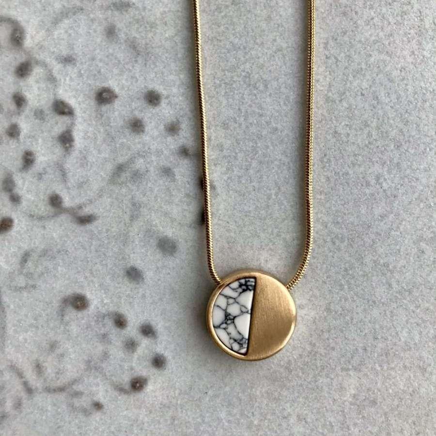 Small demi necklace - white/gold